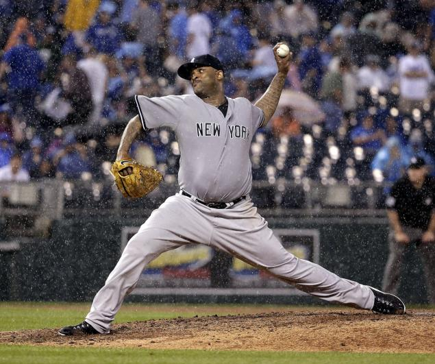 The large lefty officially has a winning streak. (Charlie Riedel/AP)