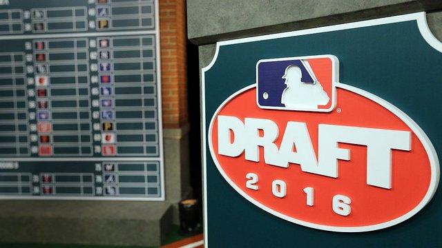 (Pic via @MLB)